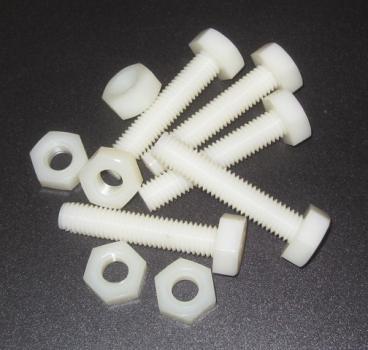 Kunststoff Schrauben